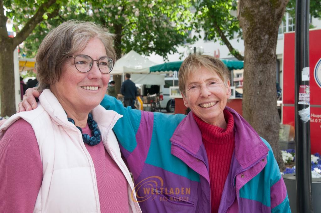 Christa Göbel und Ermute Menge (rechts)
